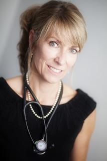 Dr Renee Hoenderkamp